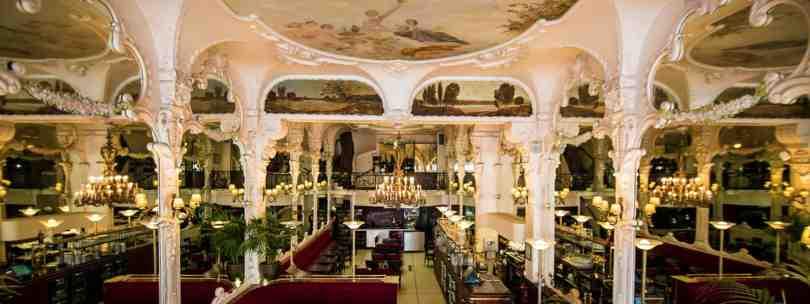 Le Grand Café à Moulins (Allier)