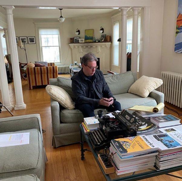 Masterclasse d'écriture par Douglas Kennedy : un tournage hors du commun pendant la période de confinement