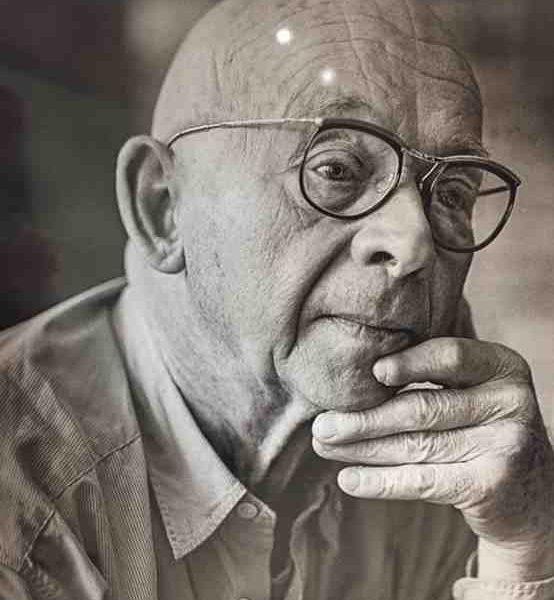 Le sculpteur et peintre Français Ipoustéguy