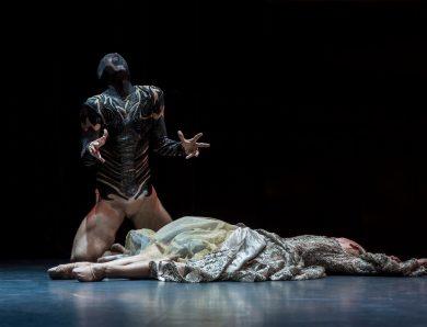 Exposition – Les costumes de la Belle et la Bête au Théâtre de Cusset dans l'Allier