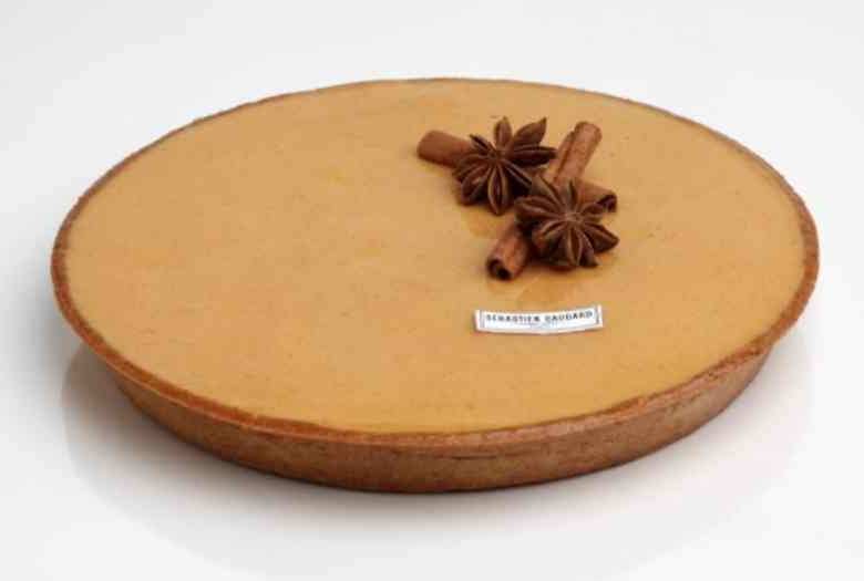 La tarte au potimarron du chef Sébastien Gaudard, disponible en boutique à Paris