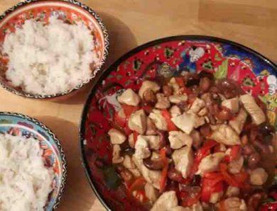 Poulet sauté aux noix de cajou (recette Chinoise)
