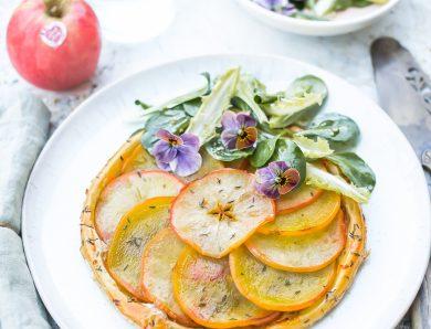 Tatin betterave jaune pomme PINK LADY, mâche et chicorée pour 2 personnes