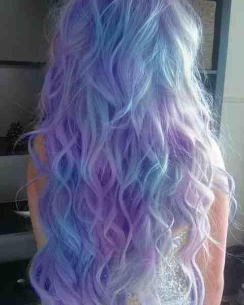 Le « mermaid hair », focus sur la tendance ondulée
